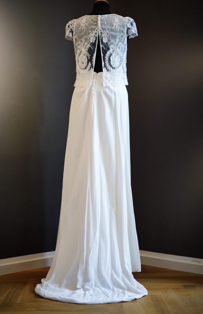 Boho Brautkleid mit feiner Spitze