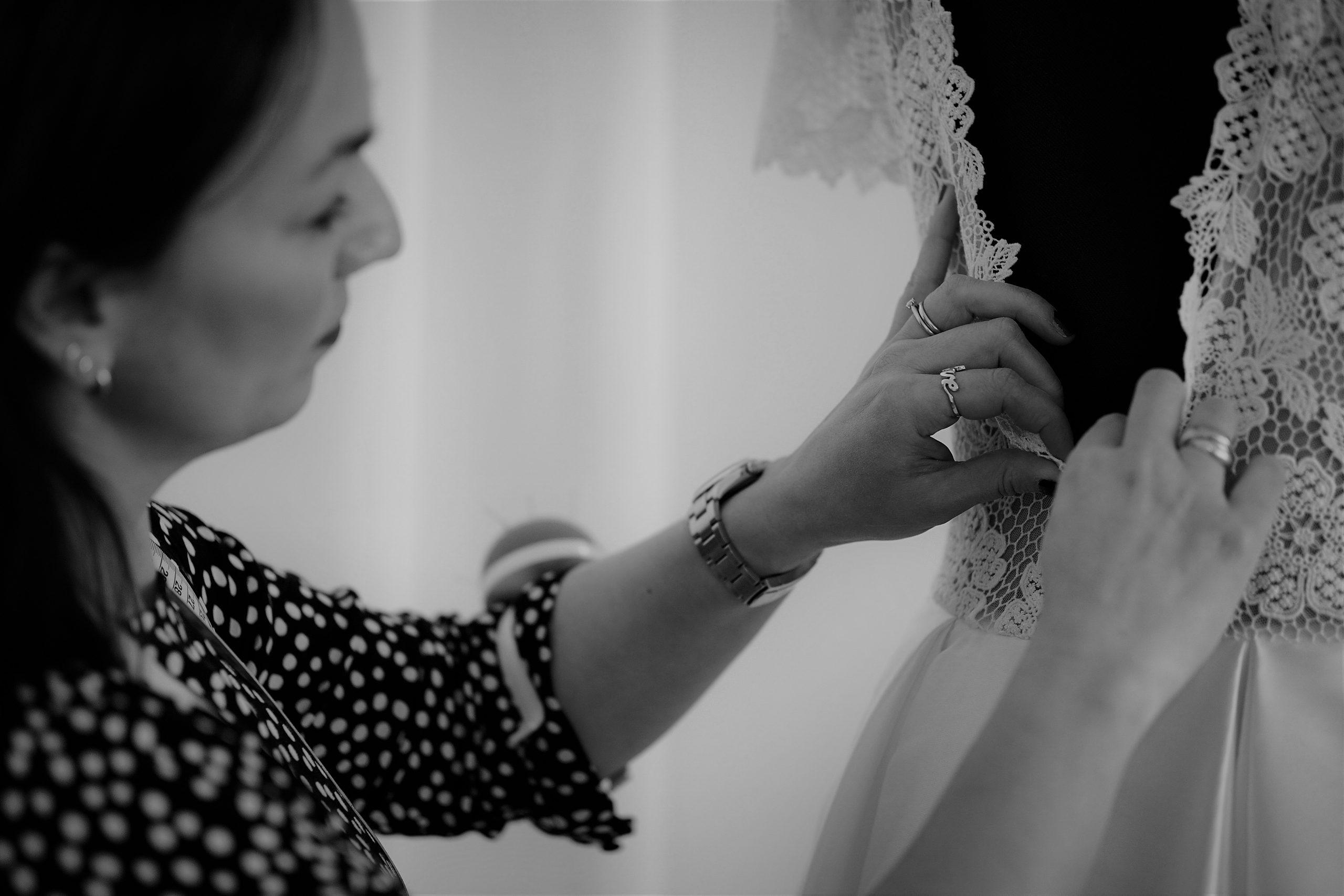 Simone im Atelier hugs & kisses